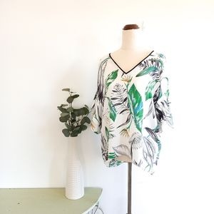 Witchery Size 8 White Floral Top